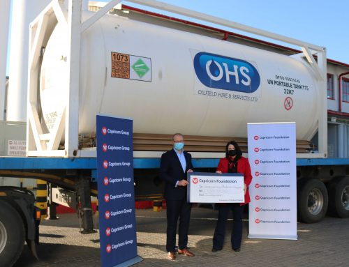 CAPRICORN GROUP HANDS OVER THE FIRST 21 TONNES OF A TOTAL DONATION OF 63 TONNES  OF MEDICAL OXYGEN